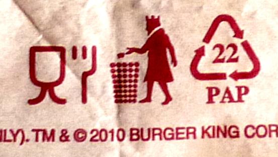 Der König wirft die Demokratie in den Mülleimer