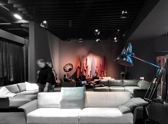 die m belmesse imm 2015 in k ln und die unglaubliche r ckkehr der eckbank 2. Black Bedroom Furniture Sets. Home Design Ideas