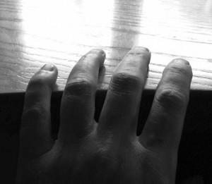 DJ-Z mit Handauflegen