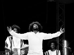 Kleine Anmerkung zu Moers 2021:  Jazz ist nicht tot – und hurra, Livemusik lebt auch noch!